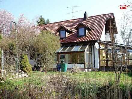 Exklusives Einfamilienhaus für Privat und Gewerbe in Hemau
