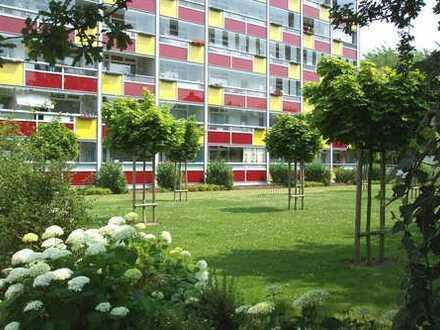Gepflegte Stadtwohnung - Ruhig, aber Innenstadt - 3-Zimmer und Wintergarten-Loggia in Südlage