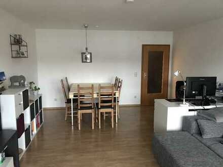 *Provisionsfrei* helle, geräumige 2-Zimmer-Wohnung zentrumsnah in Buchloe
