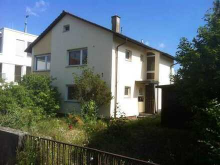 Renovierungsbedürftiges Haus in Bestlage Innenstadt