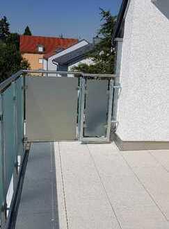 Ingolstadt, Erstbezug, sonnige 2 Zimmerwohnung im Dachgeschoss