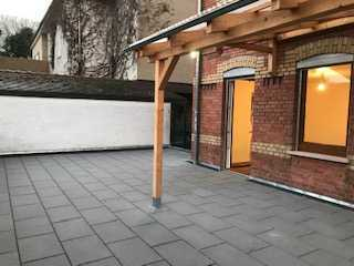 Erstbezug nach Sanierung: Moderne 3-Zi.-Wohnung mit großer Terrasse – ideal für Paare und Singles