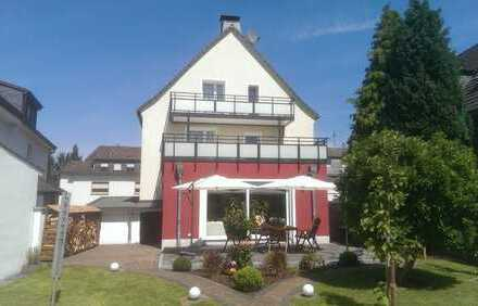 Perfektes freistehendes 1-2 Familienhaus mit vielen schicken Details in Solingen-Wald!