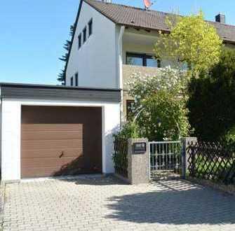 Gepflegte Doppelhaushälfte ... ... stattliche 160 m² Wfl. auf 3 Ebenen ....
