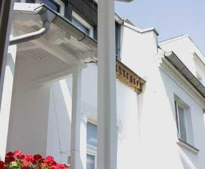 Famililien aufgepasst! Traumhafte 3 Zimmer-Wohnung mit Balkon, Aufzug und EBK im schönen Plagwitz *
