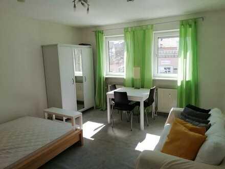 Helles, stilvoll möbliertes 1-Zimmer-Appartment mit Einbauküche in Regensburg