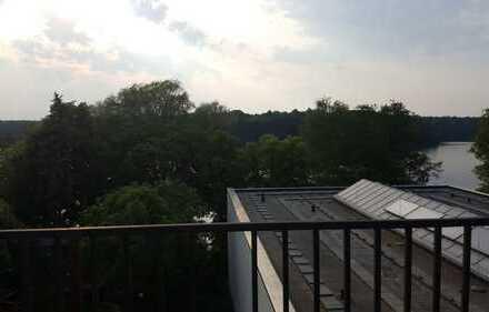 Bild_TOP - 3-Zimmer-Maisonettewohnung mit großer Dachterrasse mit Seeblick