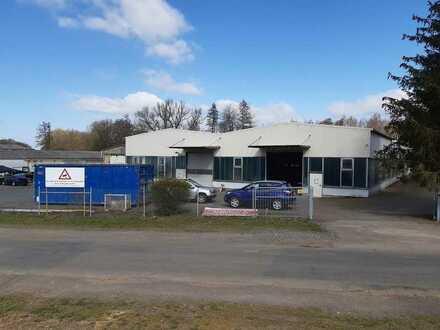 Laubach: Renditestarkes Gewerbeobjekt mit Hallen und Bürogebäuden!