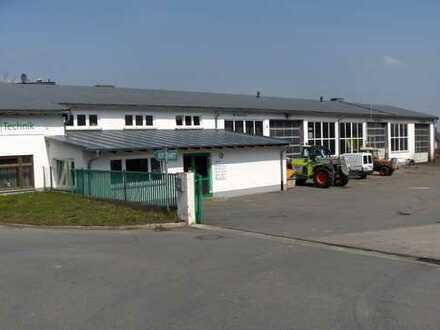 Hof - Werkstätte mit Lagerhalle zu verkaufen