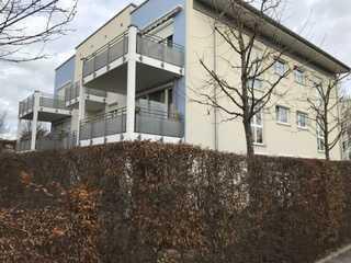 Exklusive 3-Zimmer-Wohnung mit Terrasse und Garten in Obermenzing, München