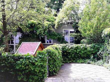 Königsplatz. Wohnung mit Flair & idyll. Innenhof. Eigenbezug Bestlage Maxvorstadt