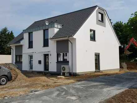 Noch 1 Haus frei - Fliesteden bei Pulheim