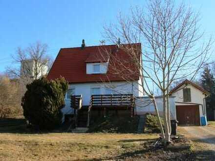 Mit schönem Gartengrundstück! Bezahlbares Einfamilienhaus in Schwendi