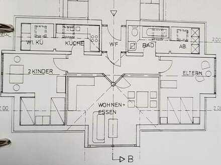 Vollständig renovierte 3-Raum-Dachgeschosswohnung mit Balkon und Einbauküche in Schlüchtern