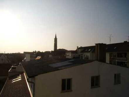 Erstbezug: Stilvolle 3-Zimmer-Dachgeschosswohnung in Friedberg / Bayern (Stadtmitte)