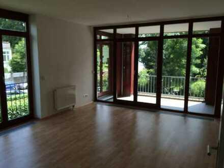Freundliche 3-Zimmer-Wohnung mit Balkon und EBK in Hildesheim