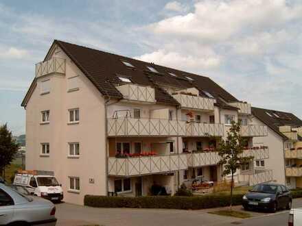 Sehr ruhig gelegene 4-Zi.-Wohnung in Schwarzenberg mit Balkon und TG