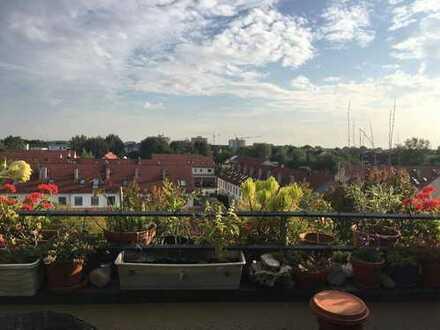 Helle 2-Zimmer Maisonette-Wohnung mit Dachterrasse in Freising