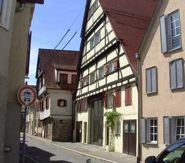 4,5 Zi.-Whg. mit Balkon im kompl. saniertem denkmalgesch. MFH in der Alt-/Innenstadt in Tübingen