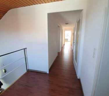 Ruhige 3 bis 4-Zimmer-Wohnung in Sankt Johann