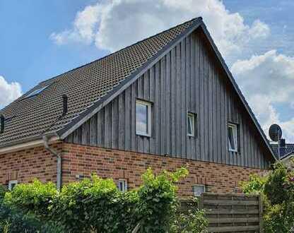 Kleine Doppelhaushälfte mit 3 Zimmern in Reinfeld/Stubbendorf