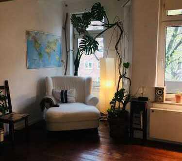 Zwischenmiete. Möbliertes 17m2 Zimmer zu vermieten im Dezember&Januar mit zentraler Lage.