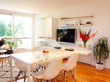 Provisionsfreie Luxus 4-Zimmer-Wohnung mit 2 Balkonen, EBK und großzügigem Hobbyraum