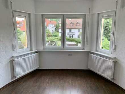 *** Erstbezug nach Sanierung *** 4Zi. *** Balkon/Terrasse 35 qm groß *** Stuttgart ***
