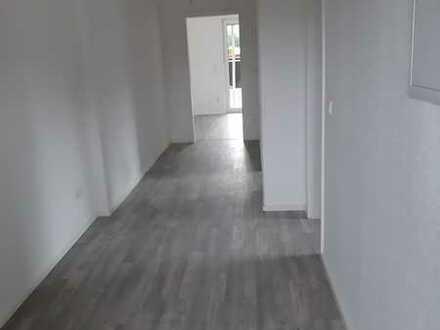 Renovierte *2-Zimmerwohnung* im Erdgeschoss Erstbezug