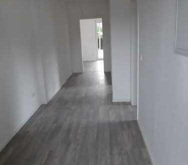 Sanierte *2-Zimmerwohnung* im Erdgeschoss Erstbezug