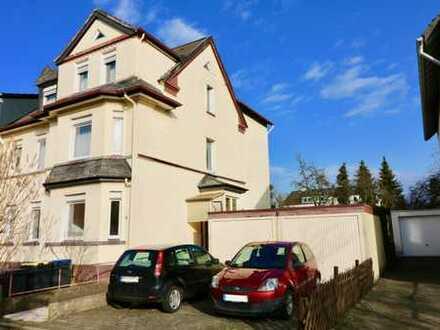 Dreifamilienhaus mit Sonnengarten und zwei Garagen in Iserlohn