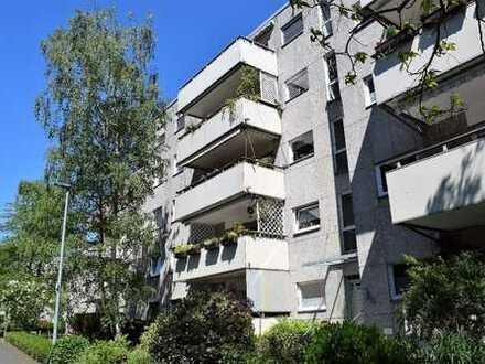 Eine Familienwohnung in Refrath!  Praktisch - modernisiert - der richtige Start in Ihre Zukunft.