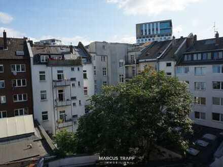 Vollständig renovierte 3-Zimmer-Wohnung mit Balkon im Szeneviertel Düsseldorf-Pempelfort!