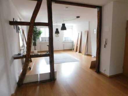 Schöne, sanierte 4-Zimmer-Wohnung mit gehobener Innenausstattung in Essen
