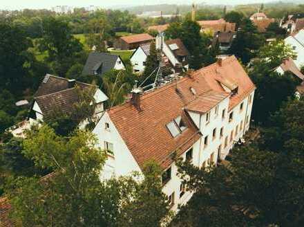 Großes Mietshaus in Buckenhof. Direkt am Schwabachgrund.