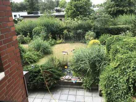 Gepflegte 4-Zimmer-Maisonette-Wohnung mit Garten und Balkon in Bonn