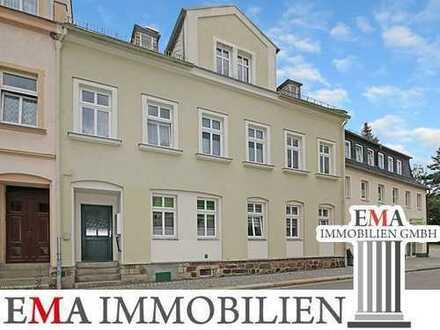 Voll vermietetes Wohnhaus mit vier Einheiten und ca. 6,4 % Mietrendite