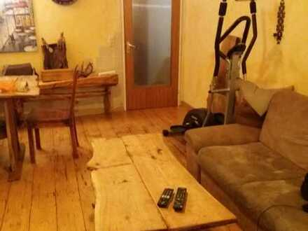 Vollständig renovierte 2,5-Zimmer-DG-Wohnung mit EBK in Gaildorf