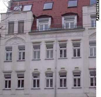 +++4 Zimmer/Balkon/komplette Etage+++