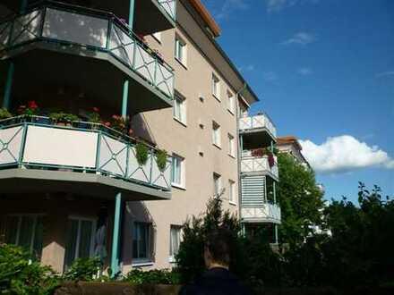 Rathenow, moderne, top renovierte 3-Raumwohnung, 1.OG, Balkon, Aufzug, prov.frei.
