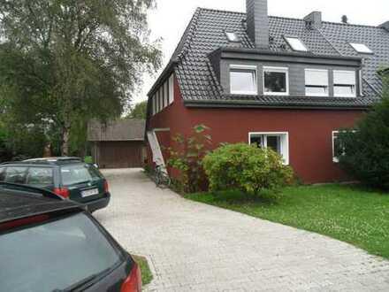 Provisionsfrei: 3,5-Zi.-Wohnung 98 qm mit Gartennutzung, Terrasse und Stellplatz