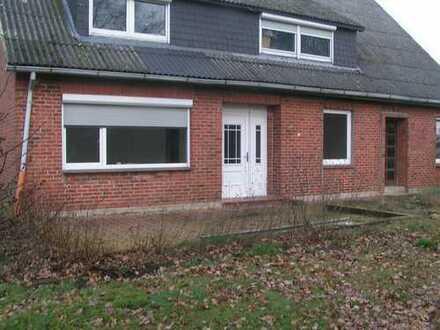 Günstige, vollständig renovierte 5-Zimmer-EG-Wohnung zur Miete in Geestland