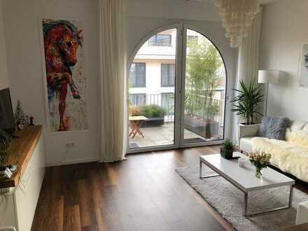 Stilvolle, geräumige und neuwertige 1-Zimmer-Wohnung mit Balkon in Bönnigheim