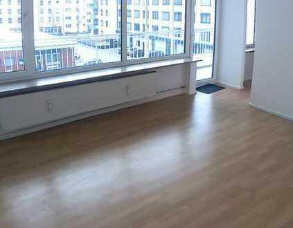 Gepflegte 1,5-Zimmer-Wohnung mit Balkon in Sendling-Westpark, München