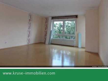 Sie möchten ruhig und zentral wohnen? Gepflegte 3,5 Zimmer - Wohnung mit Balkon in Gladbeck