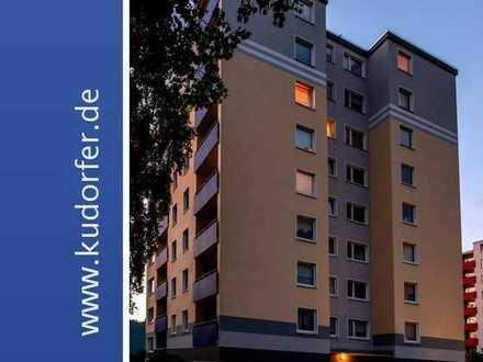 * WOHNUNG ZUM VERLIEBEN * Top renovierte 3- Zi-Wohnung m. Südbalkon