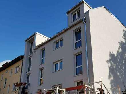 Neubau - perfekt geschnittene 3 Zi-Whg mit Balkon