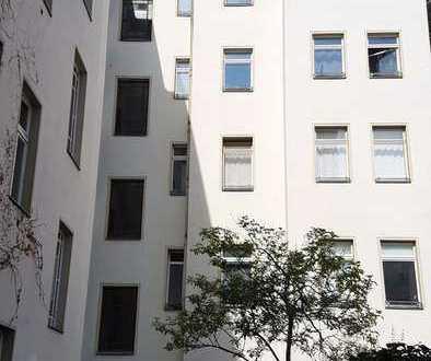 *1-Zimmer im beliebten Kiez der Kastanienallee*