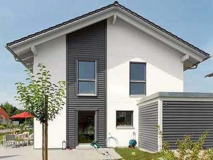 Modernes Einfamilienhaus idyllisch an einem Bachlauf gelegen!