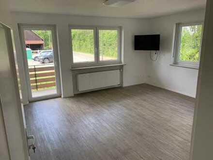 850 €, 93 m², 4 Zimmer